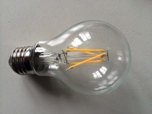 LED-pære med udseende som de gamle glødetrådspærer